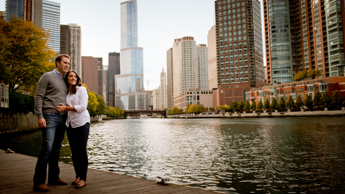 Chicago river engagement pictures | Chicago riverwalk engagement photos
